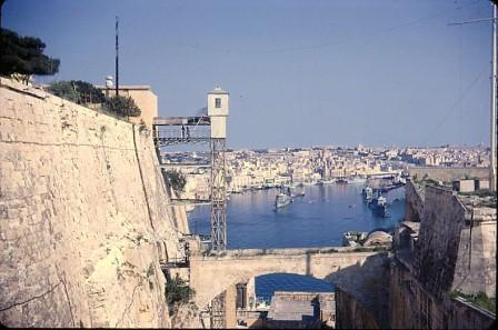 """GRAND HARBOUR FROM VALLETTA, YOU CAN SEE THE OLD TERROR SHAKER CALLED """"THE BARRAKKA LIFT"""""""